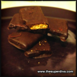 Foodie Monday: Peppermint Dark Chocolate Covered Graham Crackers